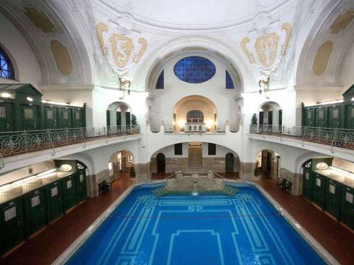 Müllersches Volksbad Damenschwimmhalle